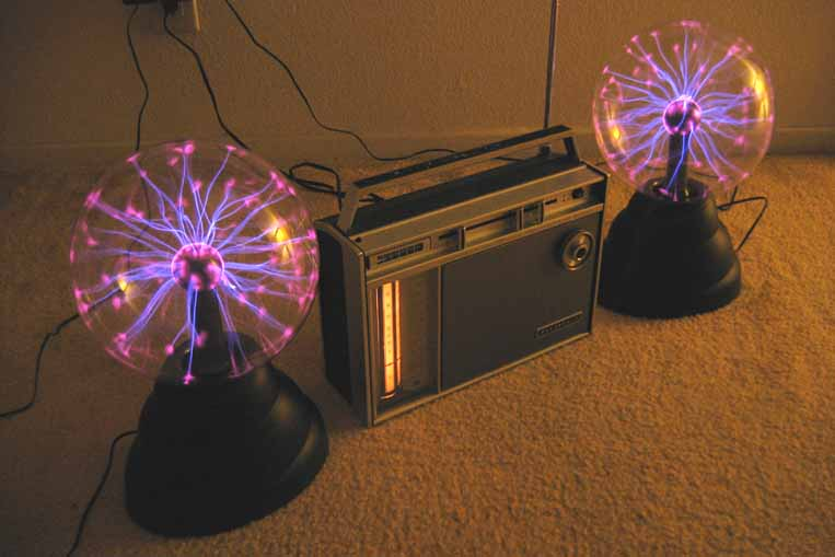 Two Plasma Lamps with 6-Band Radio